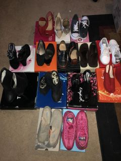Lot of 14 Pairs of shoes