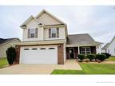 Beautiful Three BR 2.5 BA located in the Westg...