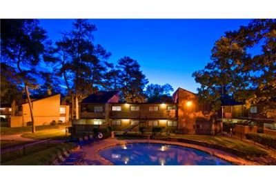 Kingwood - Apartment - come and see this one.