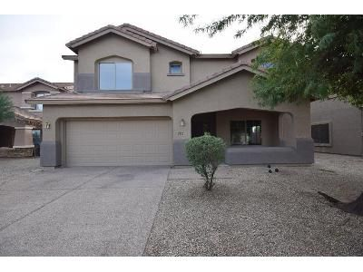 4 Bed 2.5 Bath Foreclosure Property in Phoenix, AZ 85041 - W Pleasant Ln