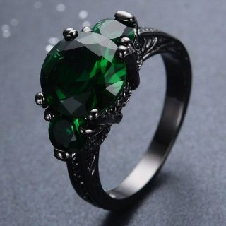 New - Green Emerald Quartz and Black Ring - Size 7