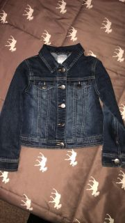 Girls size 5/6 jean jacket great condition