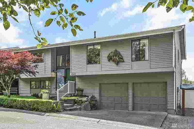 29411 4th Ave S Federal Way, This home shows like NEW!