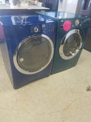 LG washer and Electrolux dyer set