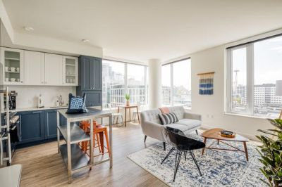 $5610 2 apartment in Queen Anne