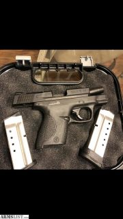 For Sale: Smith & Wesson M&P Shield .40 (with safety)