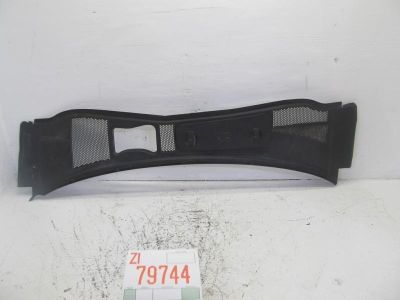 Find 02 03 04 05 PASSAT WAGON FRONT WINDSHIELD UPPER COWL VENT GRILL GRILLE OEM motorcycle in Sugar Land, Texas, US, for US $61.59
