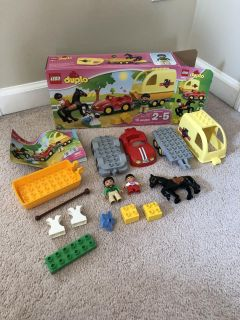 Duplo LEGO set in EXCELLENT condition! Box looks new!