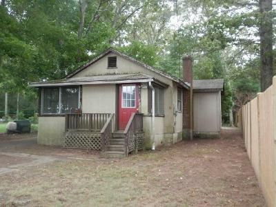 1 Bed 1 Bath Foreclosure Property in Norton, MA 02766 - King Phillip Road