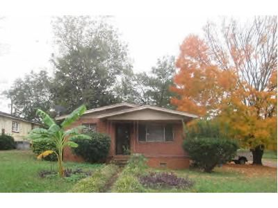 3 Bed 1 Bath Preforeclosure Property in Birmingham, AL 35221 - Maple Ave SW