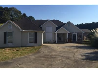 3 Bed 2.0 Bath Preforeclosure Property in Cartersville, GA 30121 - Windfield Dr