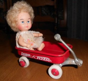 Vintage mini wagon and dolls