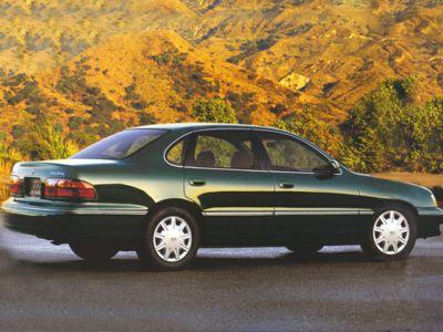1999 Toyota Avalon XLS (Classic Green Pearl)