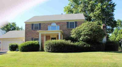 2812 Roscommon Drive Fort Wayne Four BR, Stately one owner home