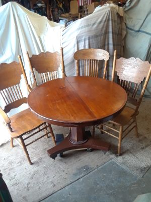 Vintage table and 4 chairs - all wood- press backs-- $85.00