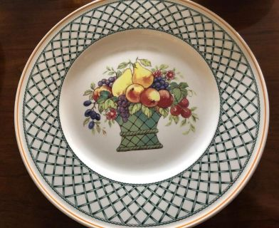 Villeroy and Boch service for 12 brand new dishes...BASKET PATTERN