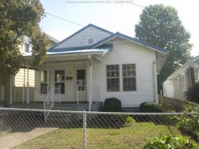 2 Bed 1 Bath Foreclosure Property in Dunbar, WV 25064 - 18th St