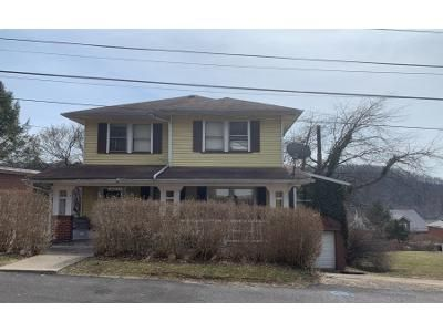 3 Bed 2 Bath Preforeclosure Property in Freeport, PA 16229 - Washington St