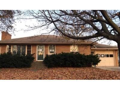 3 Bed 1 Bath Foreclosure Property in Fond Du Lac, WI 54937 - N Hickory St