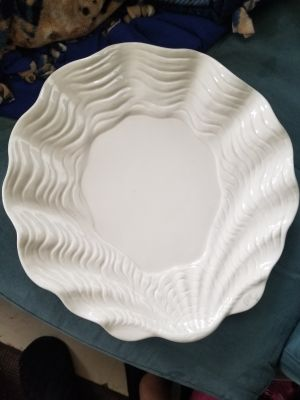 1981 Fitz and Floyd seashell pattern platter