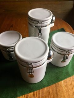 Home canister set