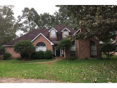 4 Bed 5 Bath Preforeclosure Property in Madison, MS 39110 - Oakmont Dr