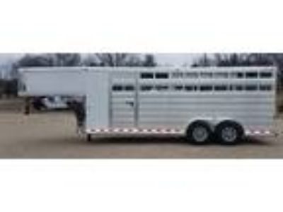 2019 Twister 20' stock slant REDUCED to invoice MUST GO! 4 horses