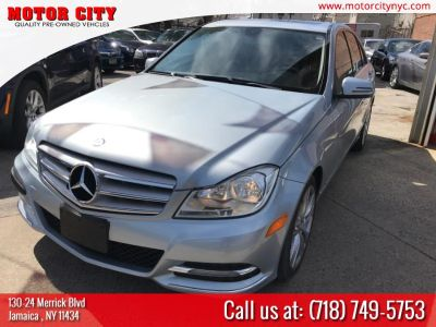 2013 Mercedes-Benz C-Class C300 4MATIC Luxury (Blue)