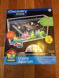 NEW! Discovery Kids Crystal Aquarium