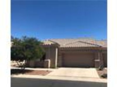 Spacious Oro Valley Patio Home!