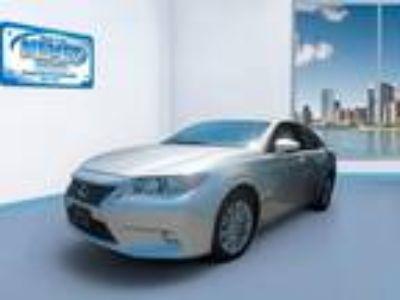 2014 Lexus ES 350 4dr Sdn