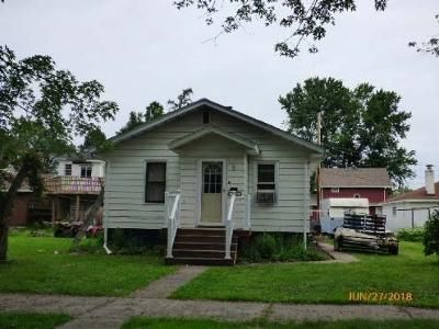 1 Bed 1.5 Bath Foreclosure Property in Virginia, MN 55792 - 11th St S