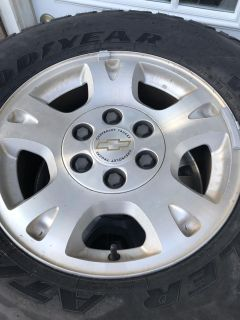 GM FULL SIZE 6 LUG 17in RIMS AND TIRES