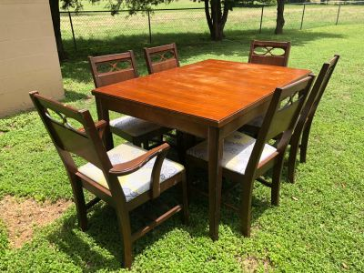 Project piece table and 6 chairs