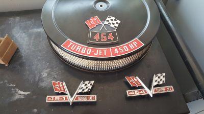 Die cast 454 Emblems