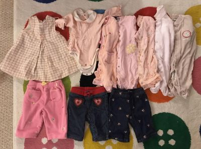 Assorted 0-3 month baby girl clothes