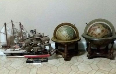 TWO GLOBES/TWO SHIPS......EXCELLENT CONDITION
