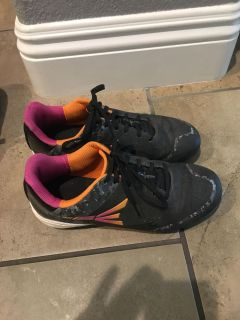 Girls cleats size 4. Great condition