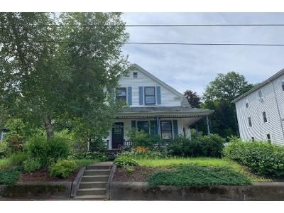 3 Bed 2 Bath Foreclosure Property in Webster, MA 01570 - Elm St
