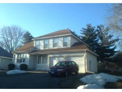 3 Bed 2.5 Bath Foreclosure Property in Minneapolis, MN 55438 - W 111th St