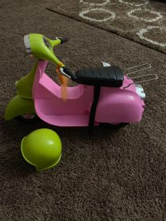 Doll scooter with helmet