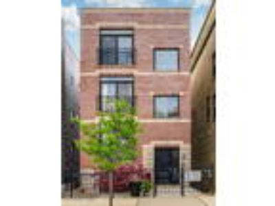 Chicago Two BR Two BA, 1319 North Bosworth Avenue 3