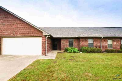 324 Village Ct CHANDLER, Fantastic investment property in .