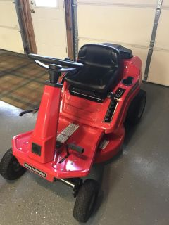 Snapper riding mower with bagger