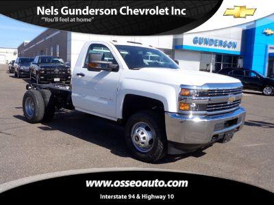 2017 Chevrolet Silverado 3500 WORK TRUCK (Summit White)