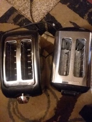 2 basically brand new toasters