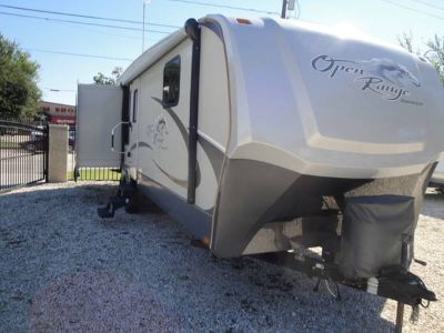 2010 RV 36 Ft 3 Slides Front Queen Master Bath Rear Living