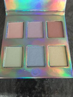 Naked cosmetics highlighters