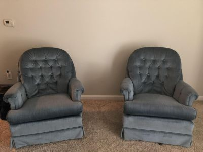 Two swivel rockers Very Comfy!!!!!