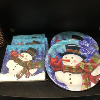 Snowman plates (16) and napkins (54)
